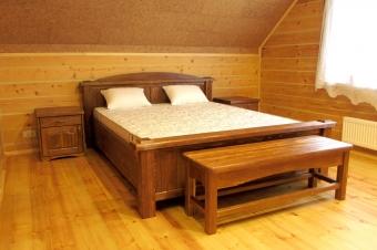 Кровать и тумбы под старину (1)