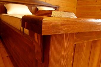 Кровать и тумбы под старину (2)